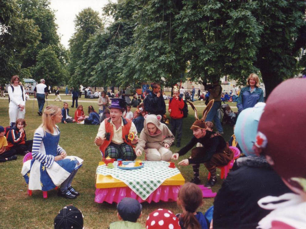 Alice in Wonderland event performers
