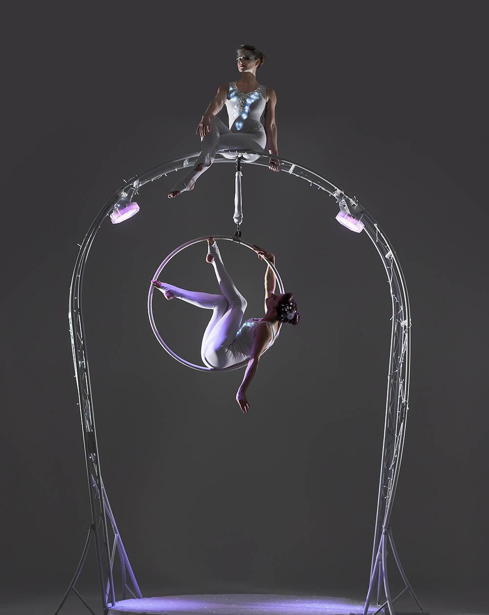 Carousel duo hoop 2