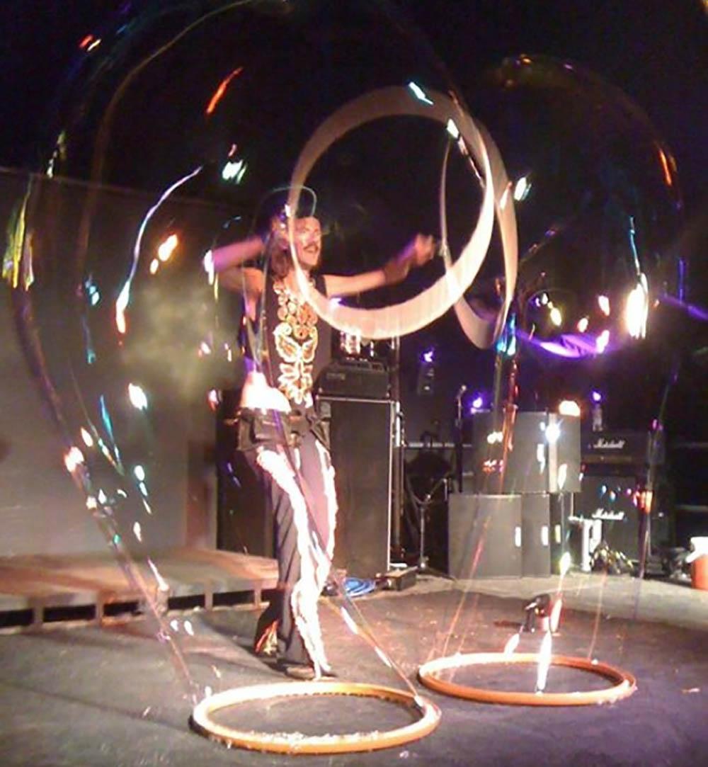 Double bubble hoop